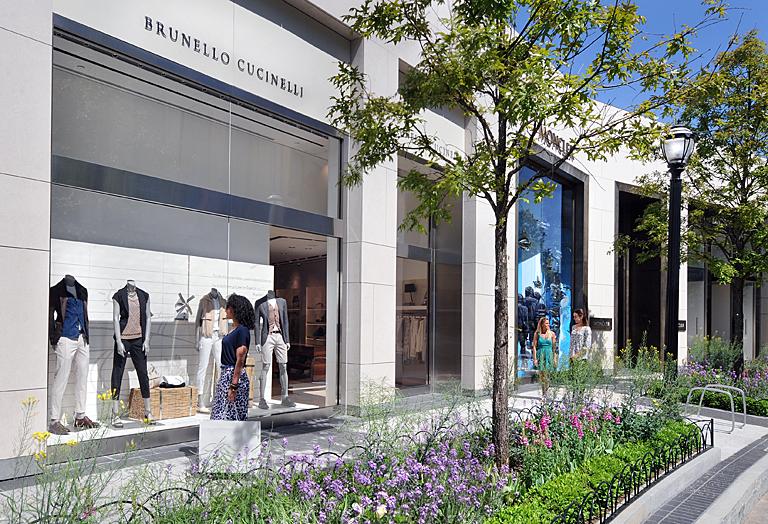 Brunello-Cucinelli-Lifestyle